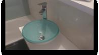 turkusowa umywalka
