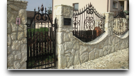 Kamienne ogrodzenie front